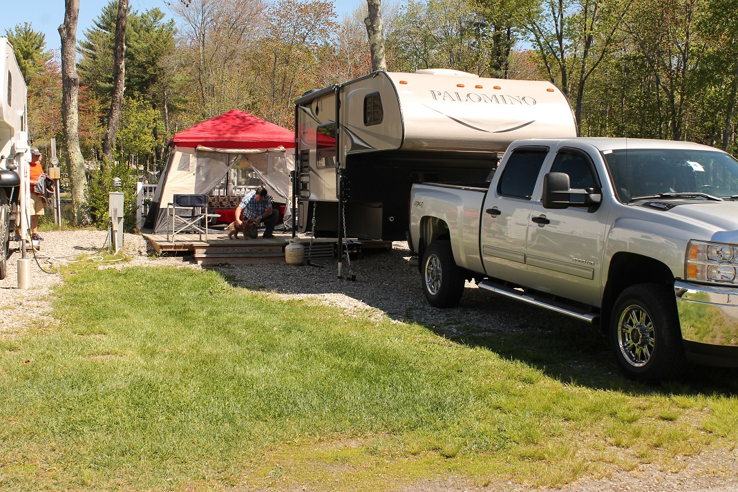hook up resorts Full hook-up rv sites in a beautiful park setting come enjoy our spacious rv sites at strawhouse resorts the rv sites are located on the park side of strawhouse resorts.